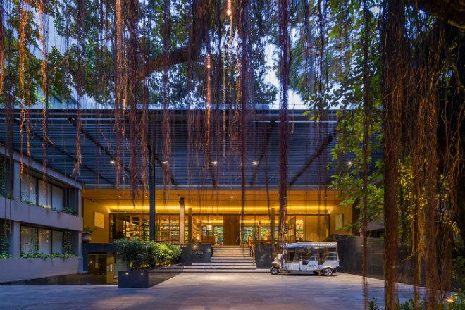 hotel entrance-gallery-161